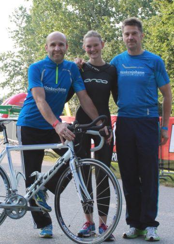 Am 14.07.2013 nahm unsere Firmenstaffel am Challange Roth-Triathlon teil. Der Geschäftsführer Robert Henkenjohann selbst nahm dabei den Part des Läufersein. Die Staffel hat bereits in den vergangenen Jahren beispielsweise am Triathlon in Verl teilgenommen.